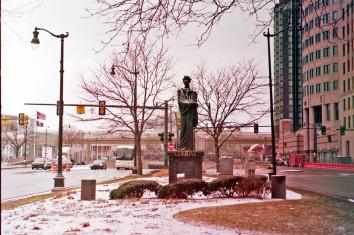 Detroit statue