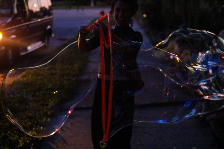 Making bubbles with Jordan (13 of 16)